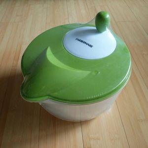 -NEW- Farberware Salad Spinner